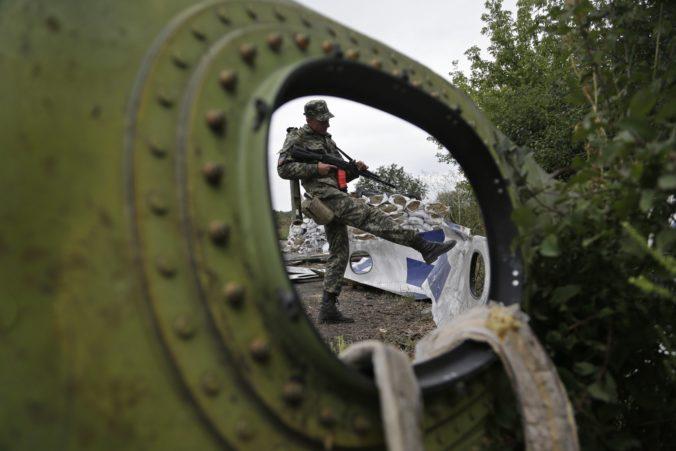 Vyšetrovanie zostrelenia letu MH17 odkrylo tesné väzby medzi Ruskom a proruskými povstalcami