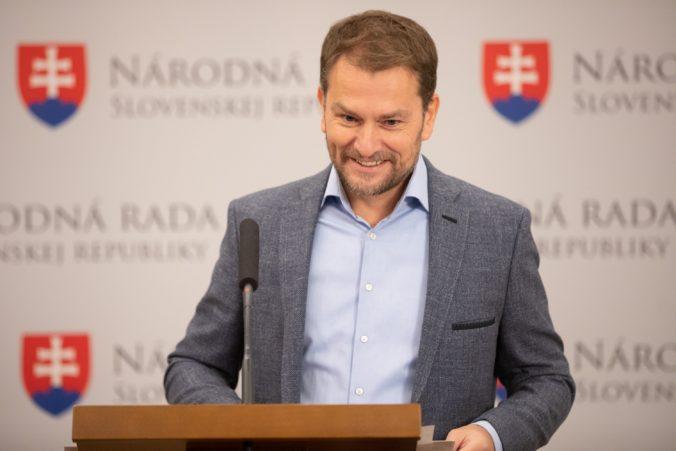 Politické strany budú v kampani využívať aj sociálne siete, hnutie OĽaNO už minulo 200-tisíc eur