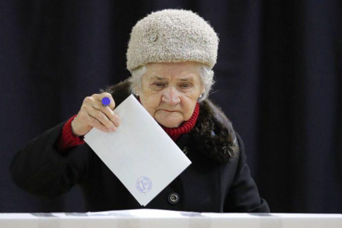 Rumuni si volia nového prezidenta, favoritom druhého kola volieb je Iohannis