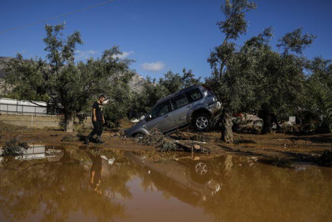 Video: Juh Európy zasiahli prudké dažde, vyžiadali si najmenej deväť obetí