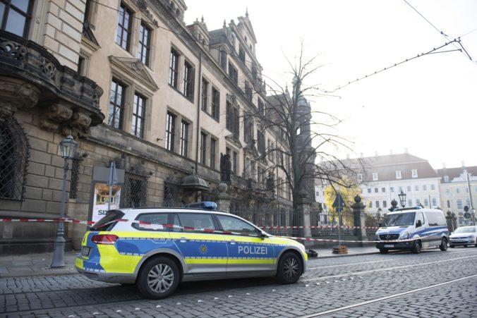 Zlodejom sa podarila miliardová krádež, z múzea v Drážďanoch vzali vzácne šperky aj diamanty