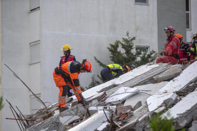 V Albánsku ukončili záchranárske práce, silné zemetrasenie si vyžiadalo desiatky obetí
