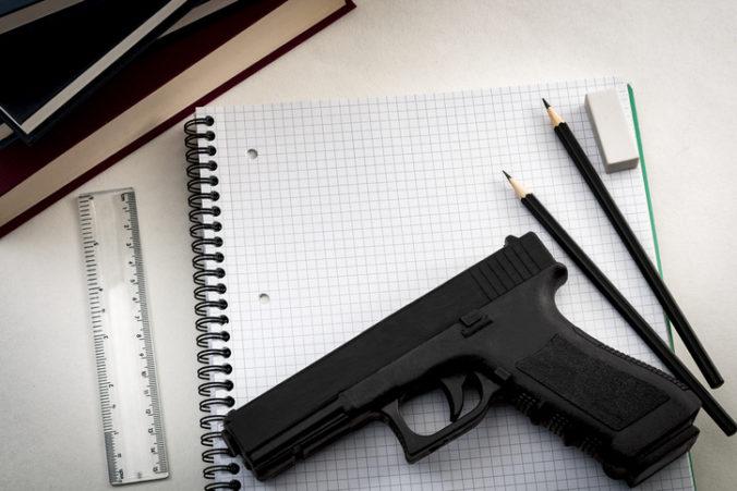Tínedžerka sa na Snapchate vyhrážala zabitím žiakov, mala si vytvoriť zoznam mien