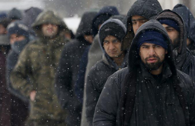 Pri hranici Grécka s Tureckom v posledných dňoch zomrelo na podchladenie šesť migrantov