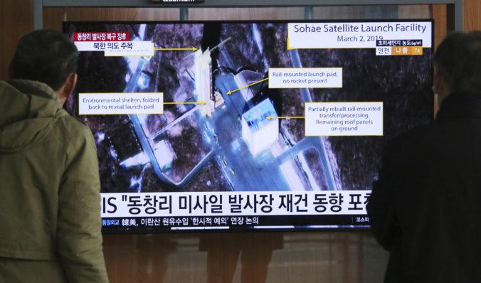 Severná Kórea uskutočnila kľúčový test v stredisku, z ktorého odpaľuje rakety dlhého doletu
