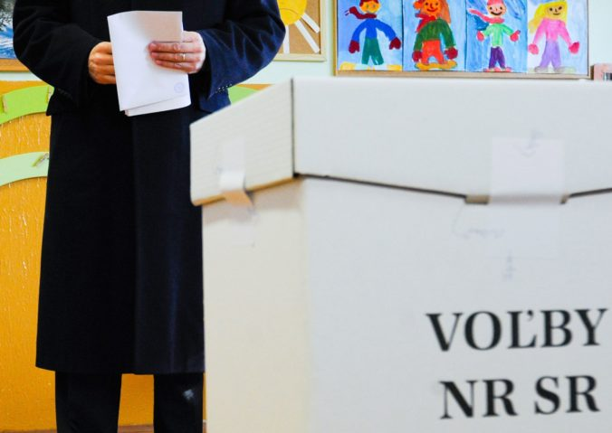 V parlamentných voľbách budú hlasovať poštou, žiadosť podali stovky Slovákov žijúcich v zahraničí