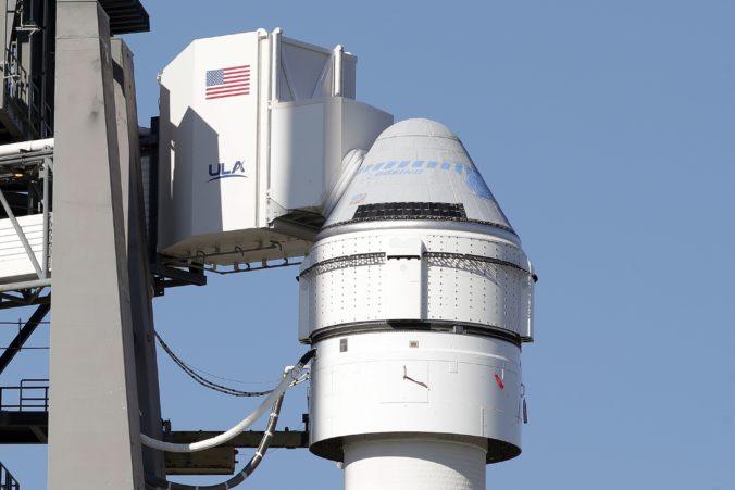Boeing otestuje vesmírnu kapsulu Starliner, na palube bude iba Rosie