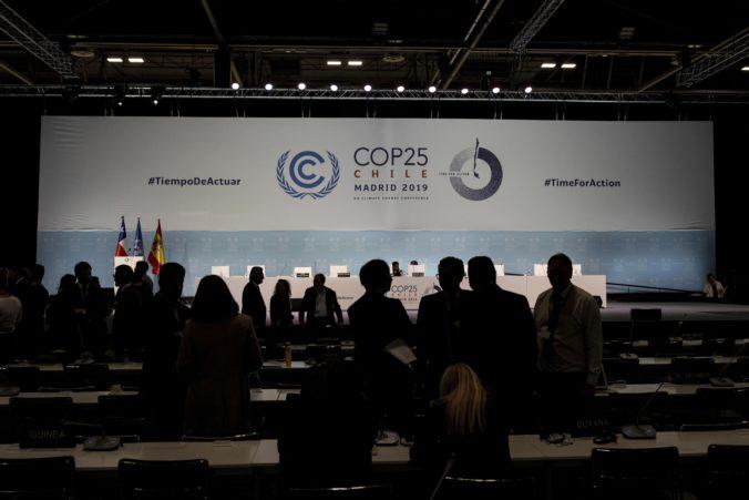Klimatický summit v Madride stále nepriniesol dohodu a to napriek pretiahnutiu o dva dni