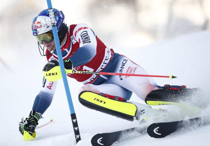 Žampu vo Val-d'Isére diskvalifikovali, z víťazstva sa tešil domáci Pinturault