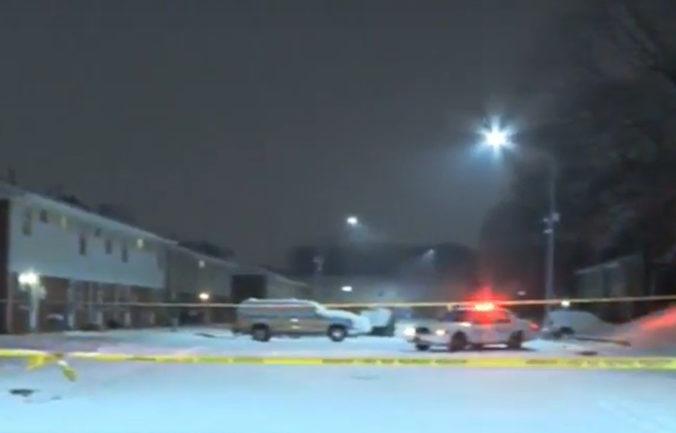 Štvorročný chlapec neprežil streľbu, jeho tehotnú matku museli hospitalizovať (video)