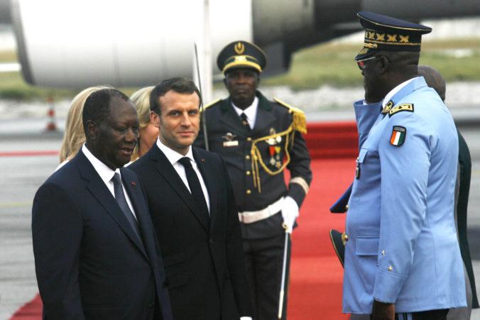 Francúzski vojaci zabili v Mali 33 džihádistov, Macron to oznámil na návšteve západnej Afriky