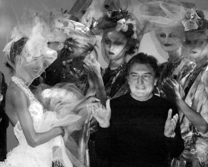 Vo veku 86 rokov zomrel módny návrhár Emanuel Ungaro