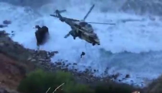 Žena prežila pád zo 60-metrového útesu v meste Rancho Palos Verdes