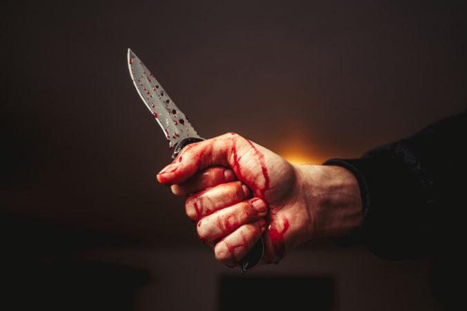 Útočník pobodal vo francúzskom meste Villejuif niekoľko ľudí, policajti ho zastrelili