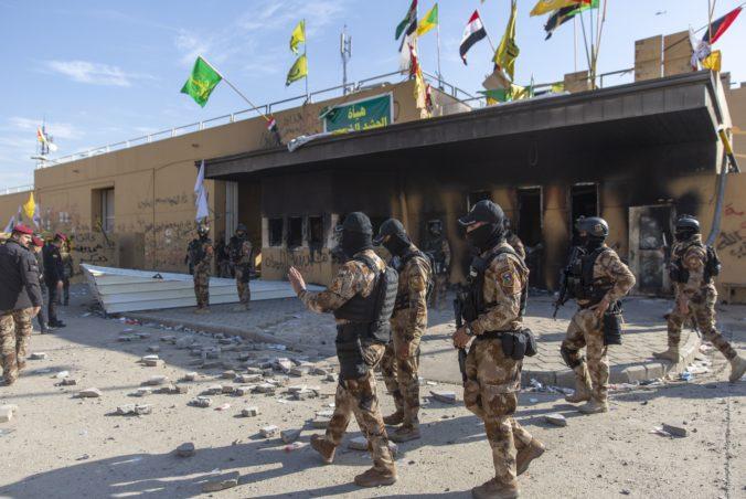 Iracký parlament chce, aby tisíce amerických vojakov opustili krajinu