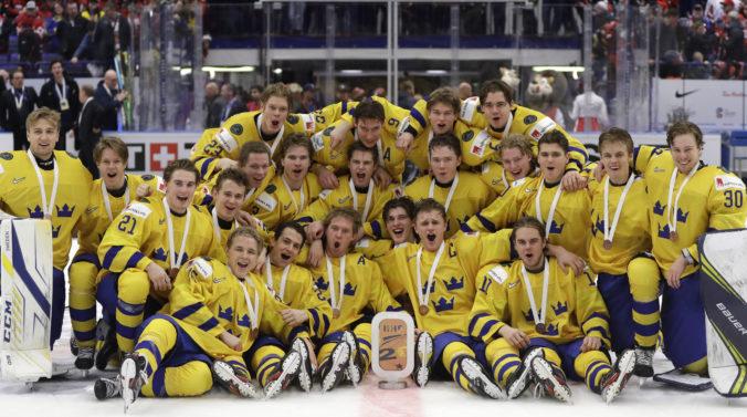 Švédsko vyhralo severské derby a na MS v hokeji do 20 rokov získalo bronz (video)