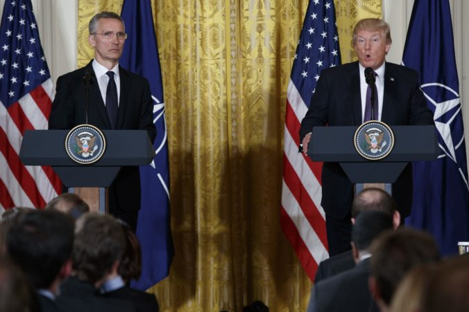 NATO by sa mohlo viac angažovať na Blízkom východe, od Trumpa je to však neočakávaná požiadavka