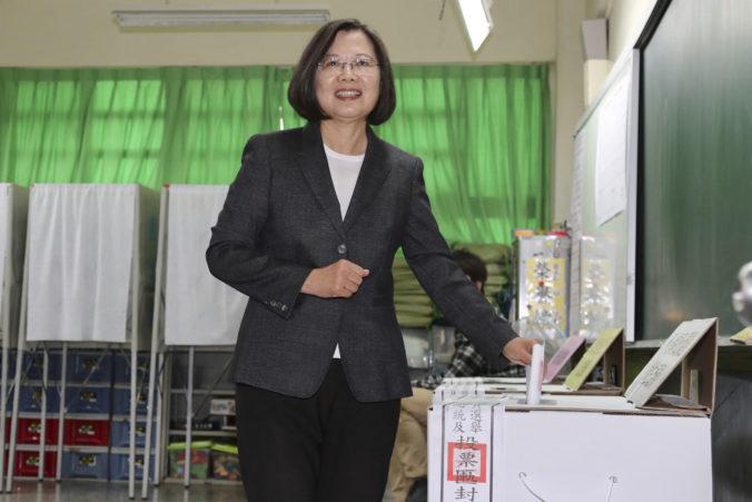 Prezidentské voľby na Taiwane vyhrala s prehľadom prozápadná Cchaj Jing-wen