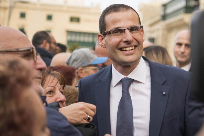 Robert Abela je novým premiérom Malty, sľúbil napraviť naštrbenú reputáciu krajiny