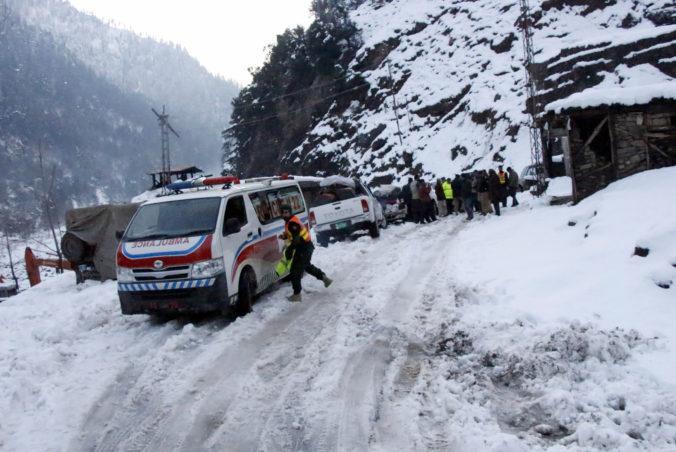 Afganistan a Pakistan ochromuje zimné počasie, vyžiadalo si už desiatky obetí aj evakuáciu obyvateľov