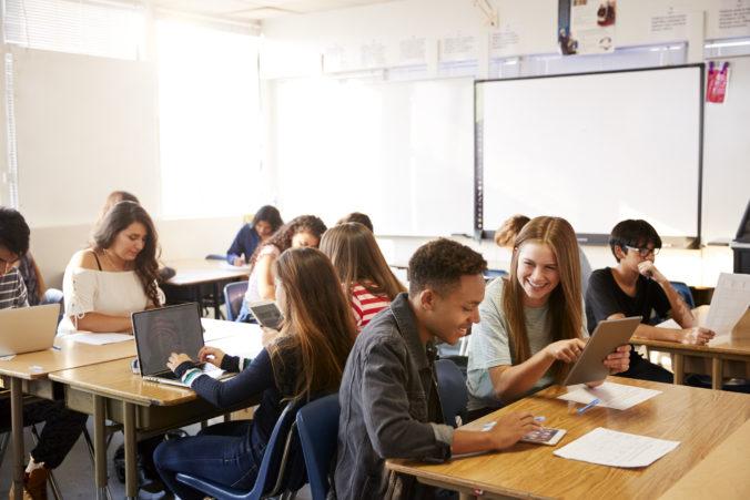 Do Finančnej olympiády sa zapojilo už 4 000 študentov. Školy majú čas ešte do začiatku februára. Otestujte sa aj vy!