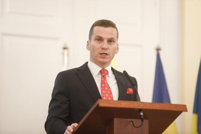 Hlivák navrhuje odvolať Bugalu z postu podpredsedu úradu pre verejné obstarávanie