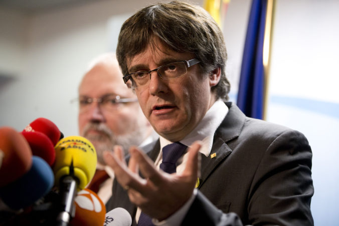 Puigdemont sa chce vrátiť do Španielska, pred zatknutím by ho mohla ochrániť imunita europoslanca