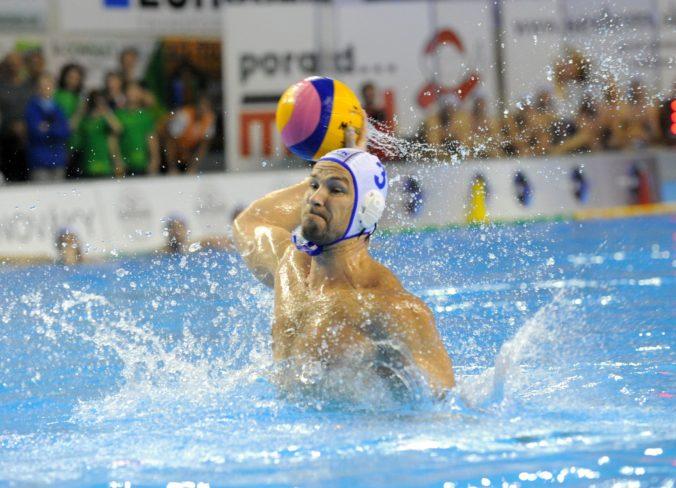 Slováci začali svoje účinkovanie na ME vo vodnom póle prehrou o 11 gólov