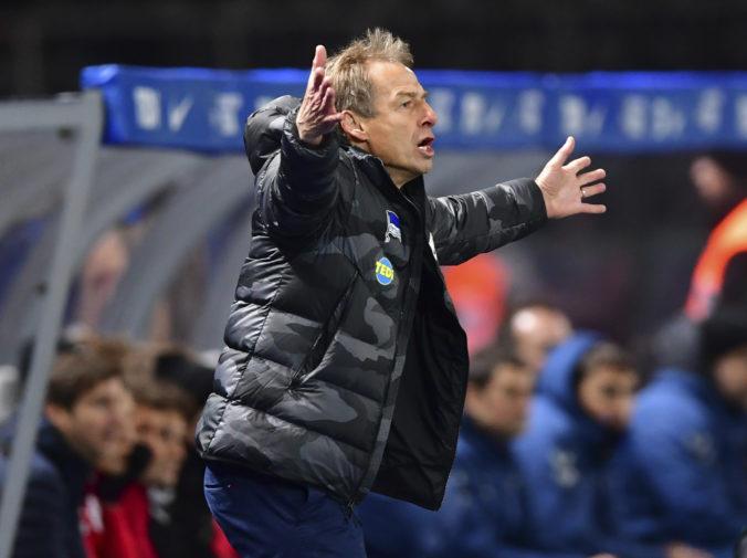 Hertha začne jarnú časť I. bundesligy bez Klinsmanna, zabudol si obnoviť trénerskú licenciu