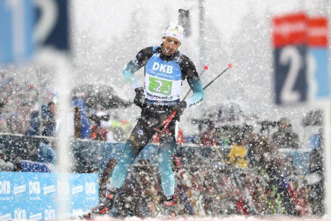 Francúzi v štafete ukončili nadvládu Nórska, slovenskí biatlonisti v Ruhpoldingu nedokončili