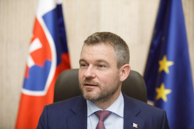 Premiér Pellegrini sa spýta šéfa polície na situáciu okolo prípadu Trnku