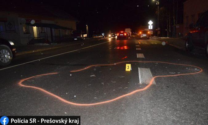 Chodca na priechode zrazilo auto, v prípade je začaté trestné stíhanie (foto)