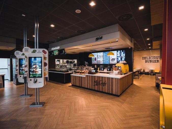 McDonald´s má prvú slovenskú diaľničnú reštauráciu
