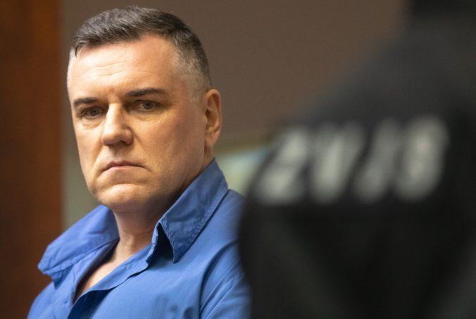 Rusko tvrdil Černákovi, že má s Volzovou problém, vypovedal jeho bývalý ochrankár