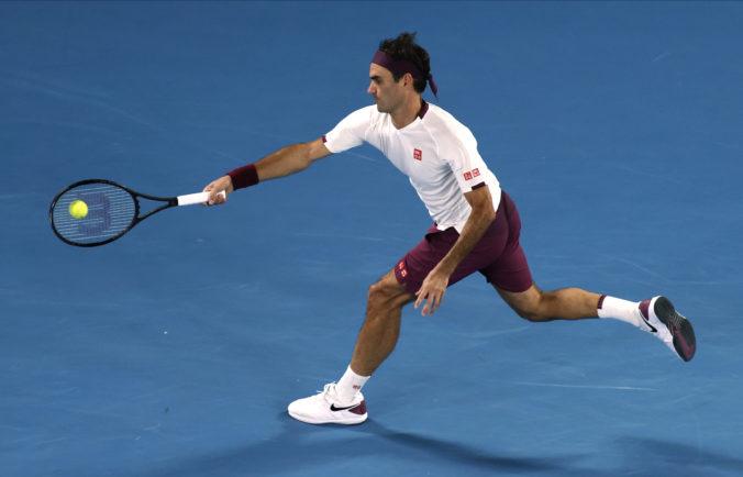 Federer postúpil pätnástykrát do štvrťfinále Australian Open, súperovi skoro nič nedovolil