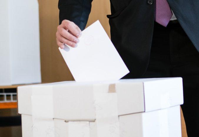 Na Slovensku by sa podľa politológa mohol zmeniť volebný systém, opozičné strany chcú viac obvodov