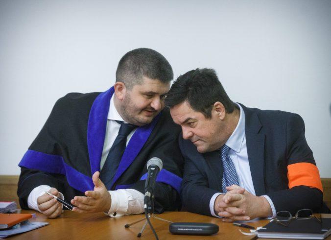 Súd v kauze zmenky: Pokračovať by malo znalecké dokazovanie (foto)