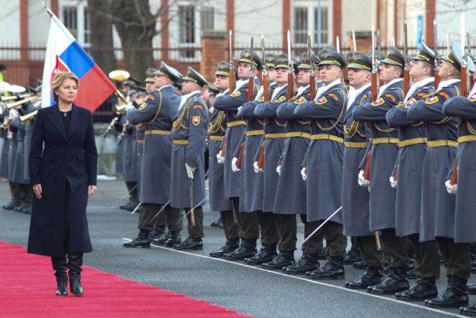 Slovenskí vojaci majú doma aj vo svete vysoký kredit, prezidentka Čaputová oceňuje ich prácu