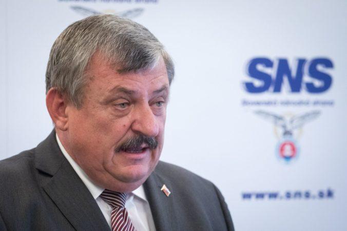 Američania nechceli vylepšiť naše letiská, podľa Hrnka mohla byť suverenita Slovenska ohrozená