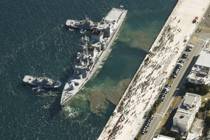 Na Blízky východ vyslali torpédoborec Takanami, mal by ochrániť japonské tankery
