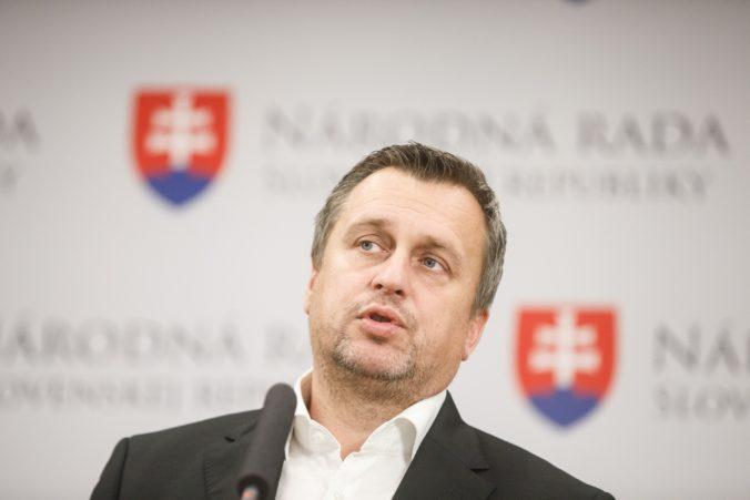 Danko sa ospravedlnil prezidentke Čaputovej a varuje pred stretom progresívcov a Kotlebovcov