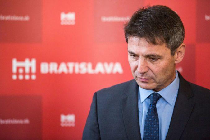 Exprimátor Nesrovnal označil Vallove vyjadrenia o pohľadávkach mesta za prejav neodbornosti a nekompetentnosti