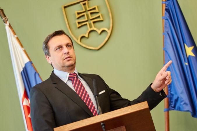 Danko označil Beblavého za prezliekača kabátov, kritizoval aj prezidentku Čaputovú