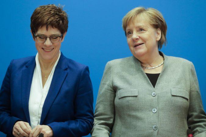 Krampová-Karrenbauerová odstúpi z čela CDU, dôvodom je fiasko v krajinských voľbách