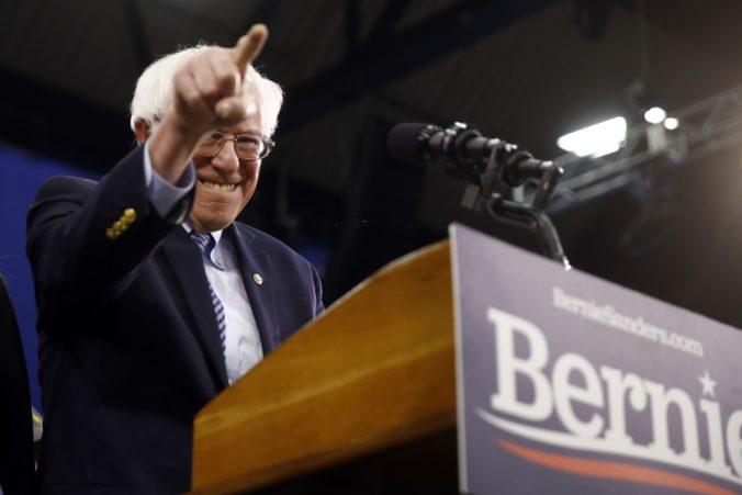 Bernie Sanders vyhral demokratické primárky v štáte New Hampshire