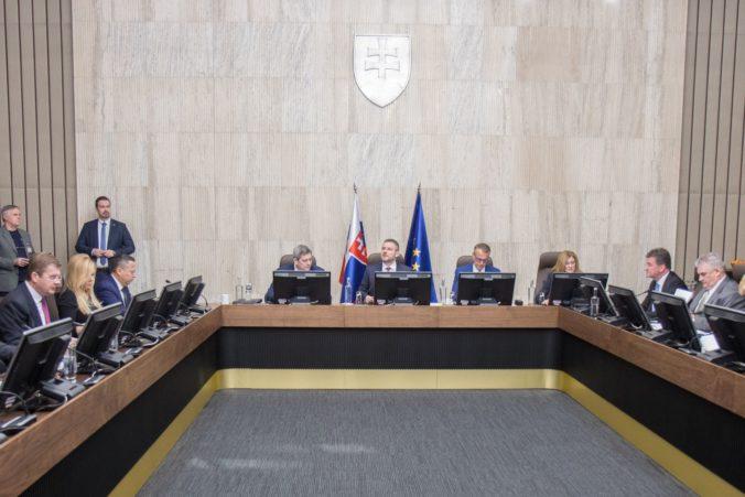 Istanbulský dohovor dostal od vlády stopku a poslancom odporúčajú, aby ho neschválili