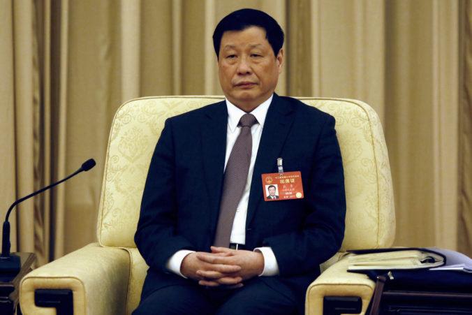 Čínska vláda vymenila lídrov v epicentre nákazy koronavírusu, viacero ďalších ľudí vyhodili zo strany