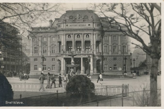 Divadlo sa robí srdcom – SND oslavuje svoju storočnicu