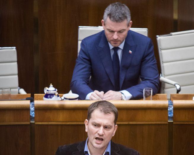 OĽaNO stráca na Smer-SD iba vyše percento, v parlamente by podľa AKO bolo deväť strán