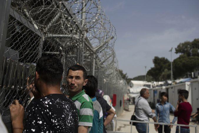 Grécka vláda pozastavila plán na budovanie nových centier pre migrantov, najprv chcú rokovať s úradmi